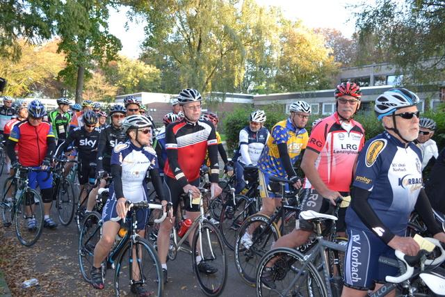 Teilnehmerfeld Radtouristik 2014 - Foto: Alexander Bertram